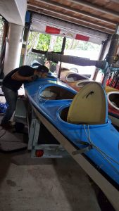 Repaint a kayak, taking the fittings off