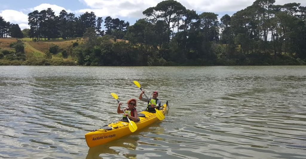 River head paddle to the pub auckland sea kayaks