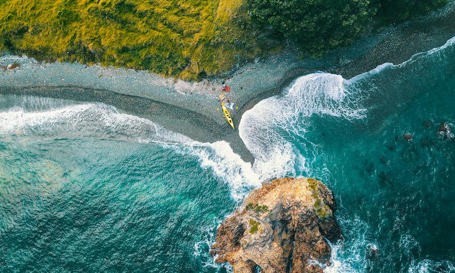 Auckland Sea Kayaks kayaks by the sea